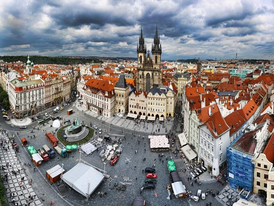 Тур в Прагу 18+!