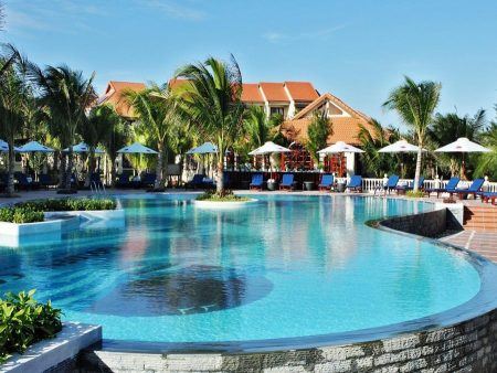 Golden Coast Resort & Spa 4*