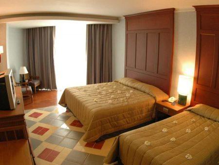 Long Beach Garden Hotel 4*
