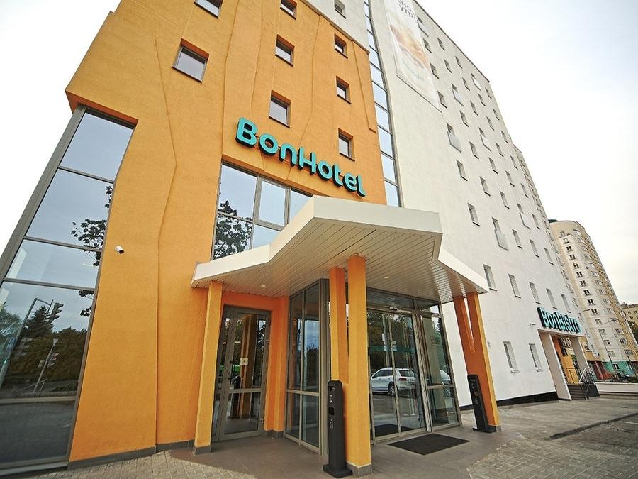 отель Bonhotel