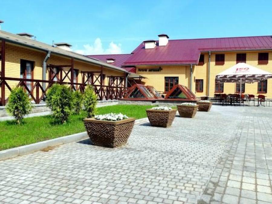отель Монастырский 3*