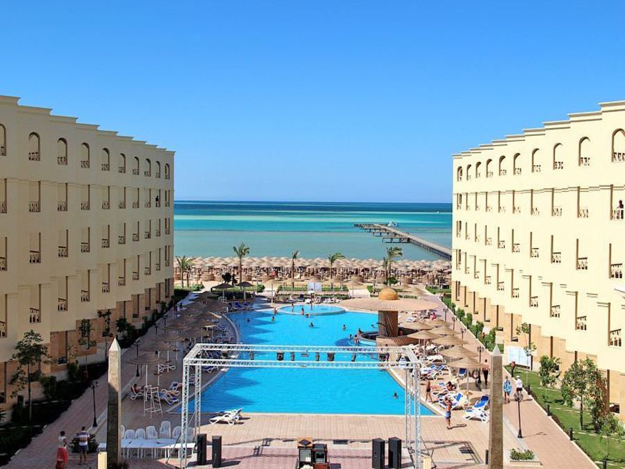 AMC Royal resort 5*