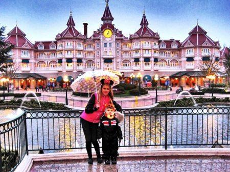 Weekend в Париже Disneyland