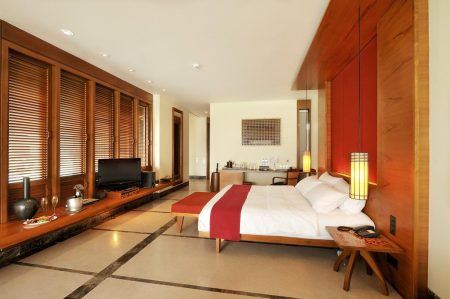Paradise Island Resort and Spa 5*