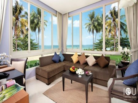 Kantary Beach Hotel Villas & Suites 4*