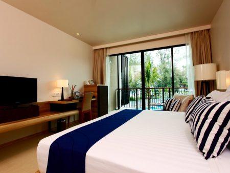 Holiday Inn Resort Phuket Mai Khao Beach 4*