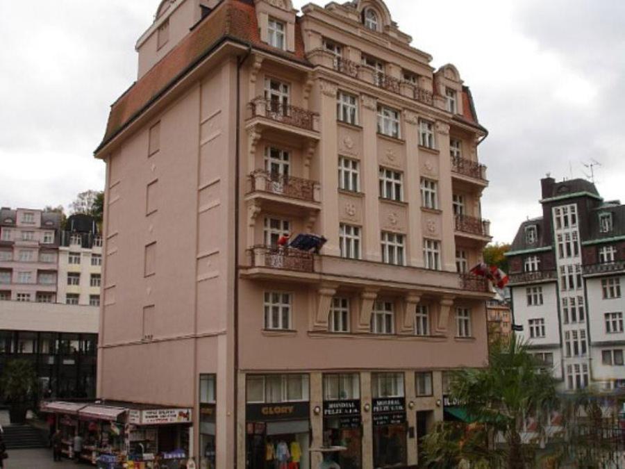 отель Wolker
