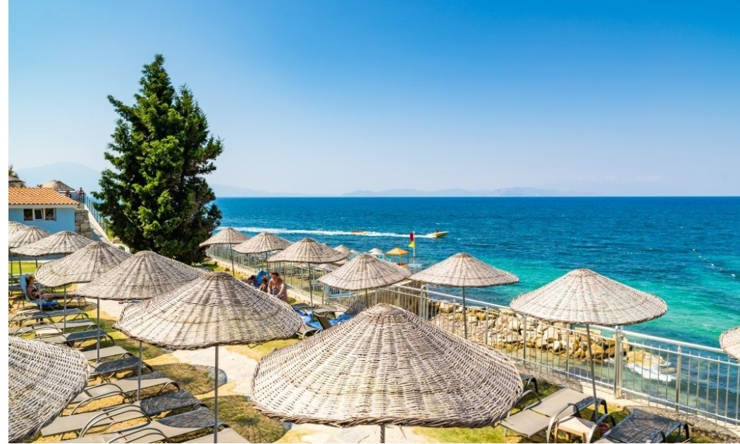Otium Sealight Beach Resort пляж