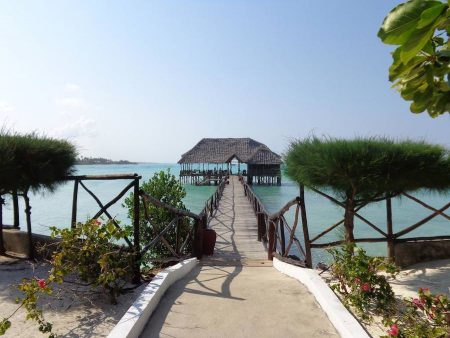 Reef & Beach Resort  3*