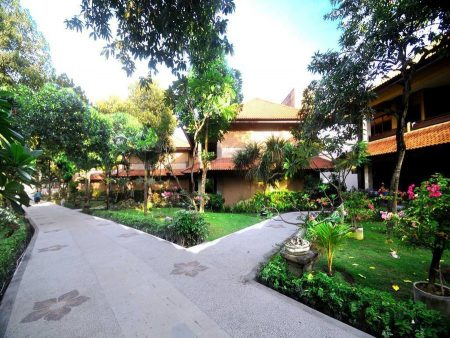 Melasti Beach Resort & Spa 3*