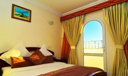 Omega Hotel 2*