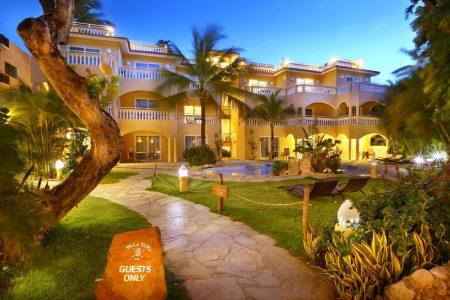 Villa Taina 4*