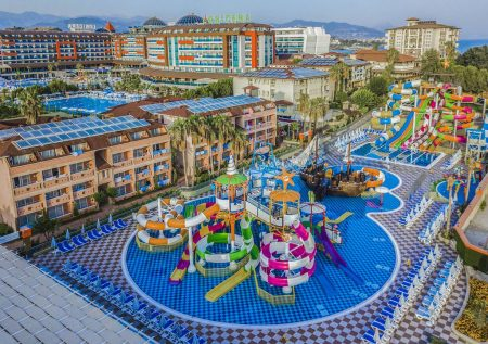 LONICERA WORLD HOTEL 4 *