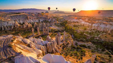 Каппадокия — один из самых необычных ландшафтов мира