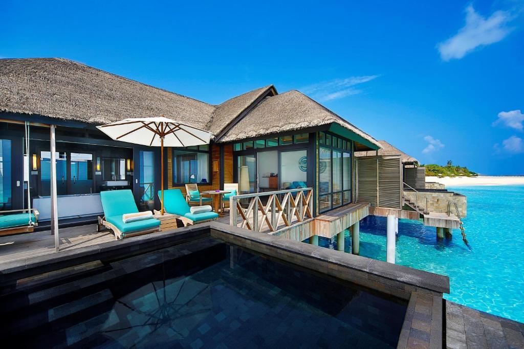 Sunrise Water Villa with Infinity Pool JA Manafaru 5*Deluxe