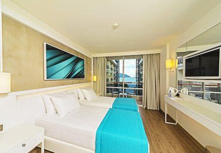 POSEIDON HOTEL 4*