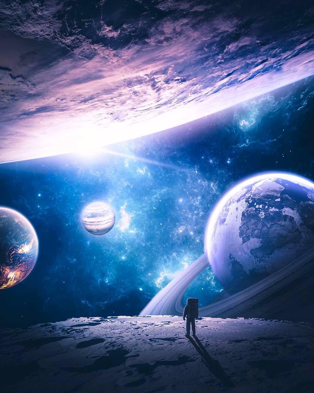 Компания Blue Origin заявила о готовности запуска ракеты с космическим туристом на борту.
